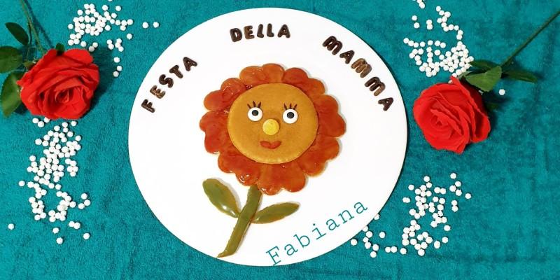 ricetta Pancake con fiore per la festa della mamma